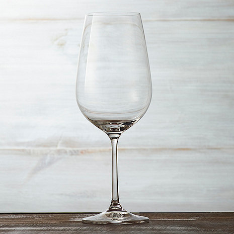 Fusion Table Wine Glasses Are Simple, Casual, And Versatile Enough For Any  Occasion. Reinforced European Crystal. Set Of 6, Suitable For Red Wine  Varietals.